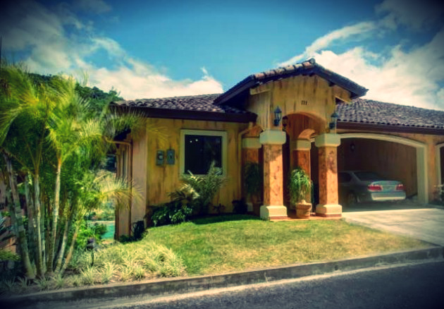 Valle Escondido Short Term Rental - RentBoquete.com